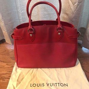 Louis Vuitton GM Passy